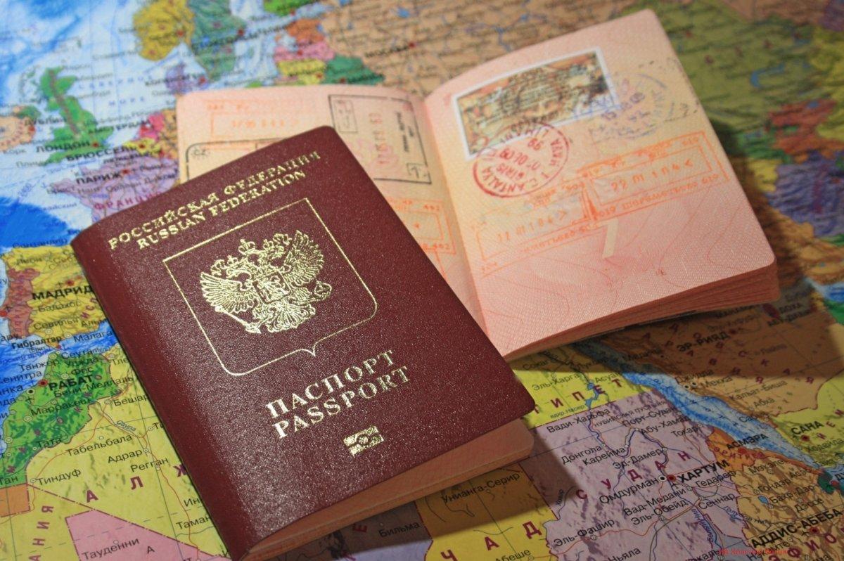 Кому не дадут загранпаспорт