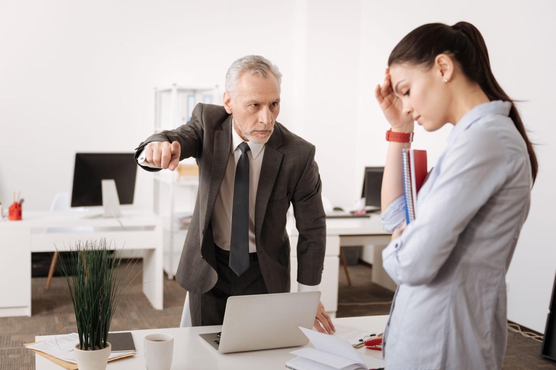 Начальник заставляет выполнять чужую работу: как быть в такой ситуации