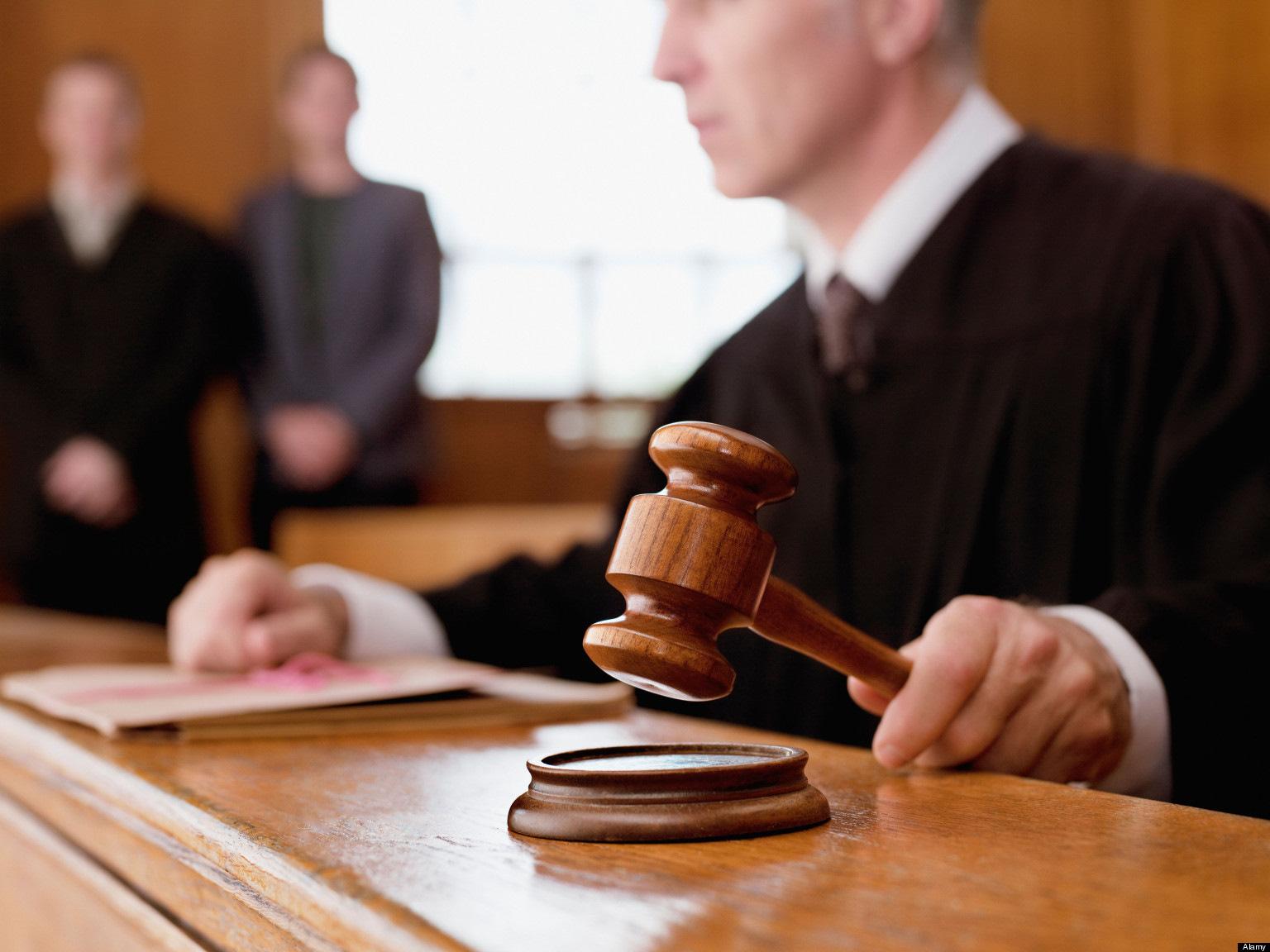 Верховный суд принял решение о порядке рассмотрения дел в апреле 2020