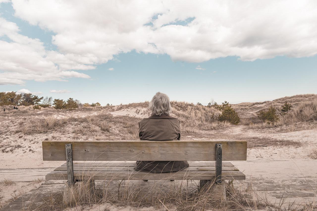 Может ли вдова получать пенсию мужа
