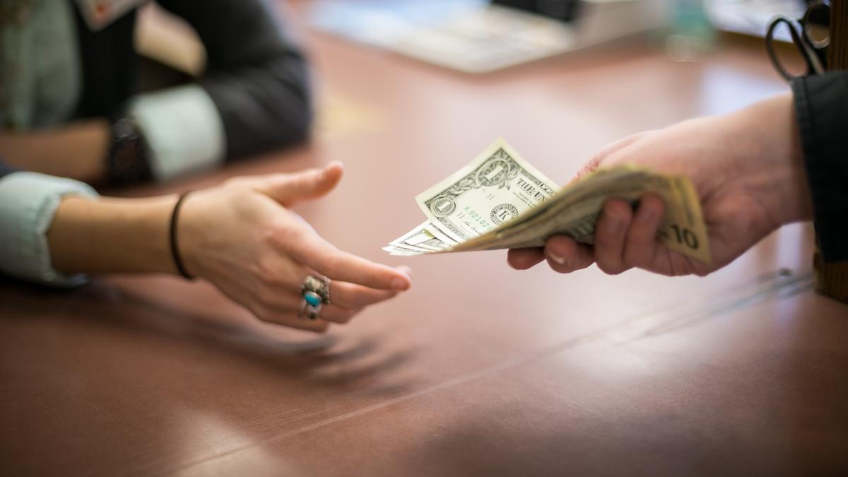 Как вернуть деньги, выданные по расписке