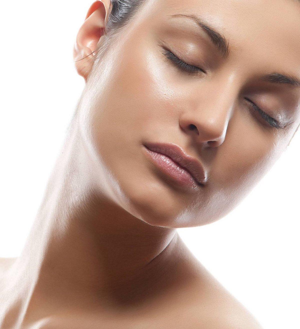 Нужна ли лицензия для процедуры красоты «Шугаринг лица»