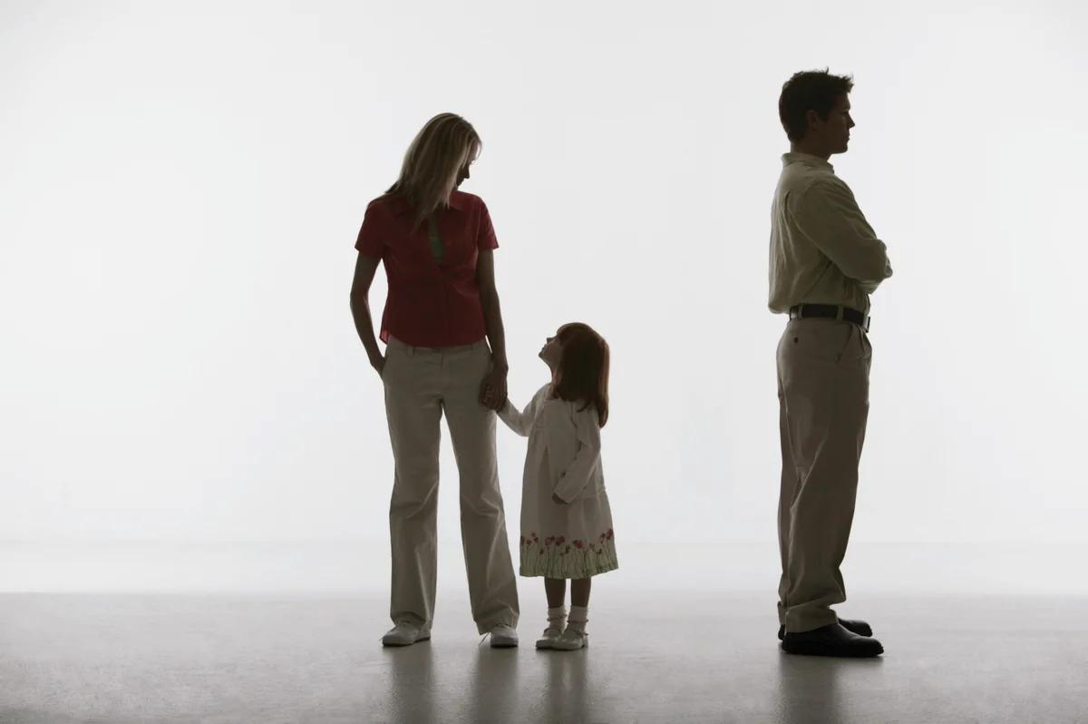Статус матери-одиночки: что означает, как получить